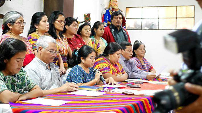 Waqib´ Kej´s presskonferens var välbesökt. Foto: Lari Honkanen/Latinamerikagrupperna
