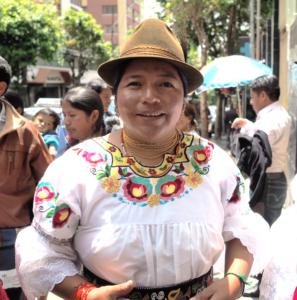 Silvia Calagullin från organisationen Pueblo Kayambi i Ecuador som är en av Latinamerikagruppernas samarbetspartners. Foto Lari Honkanen