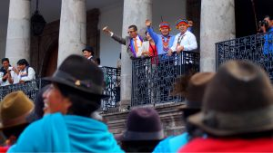 Ecuadors urfolksledare i presidentpalatset