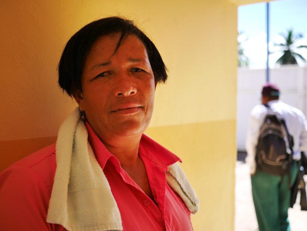 """""""Jag har sett människor dö av bekämpningsmedel"""", säger Leonalda Paredes Dominikanska Republiken. Foto: Lari Honkanen"""